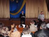 Зав. відділенням Олійник В.Р.  представляє випускника коледжу доц. Данілова В.Б
