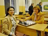 Фінальна гра за 1-2 місця. На 4-ій дошці грають Ірина Купріянчик (ф-т ЗВ) і Оксана Тонха (агро. ф-т). Перемогла О. Тонха.
