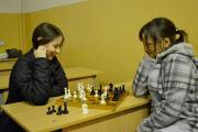Гра 1/2 фіналу. Відповідно до регламенту турніру на четвертій дошці грають тільки жінки.
