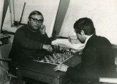 Обідня перерва на роботі – за грою в шахи