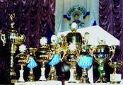 Кубки для нагородження кращих ННІ та факультетів з фізкультурно-масової і спортивної роботи 2004 р.